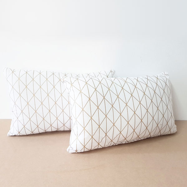 Scatter Pillows Geometric Print - <p style='text-align: center;'>Small - R 30</p>